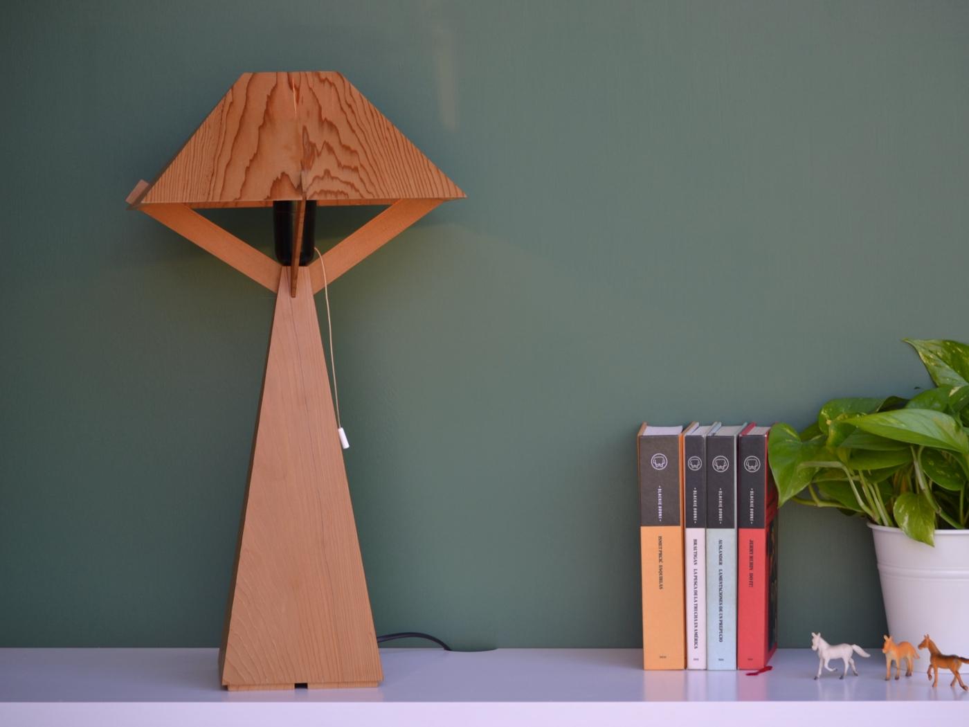 Cedro10 Lamp
